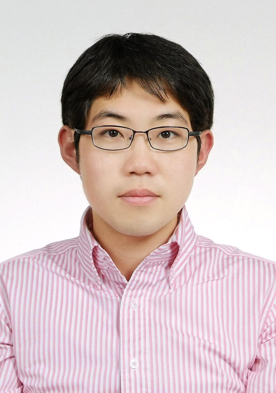 Daeshik Kang